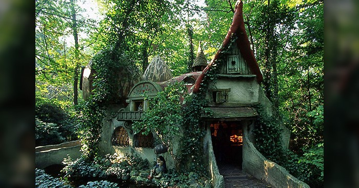 17 Magical Homes That Look Like They Re Straight Out Of A