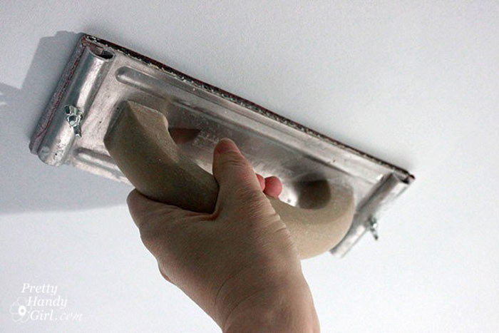 Yes, Popcorn Ceilings Are Unattractive, But Hereu2019s How You Can Remove Them Yourself